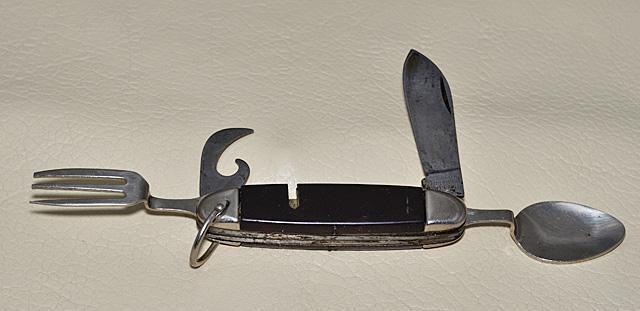 Couteau de campeur